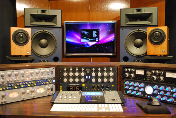 studio201004600